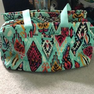 VERA BRADLEY TRAVEL TOTE WITH THREE ZIPPER AREAS